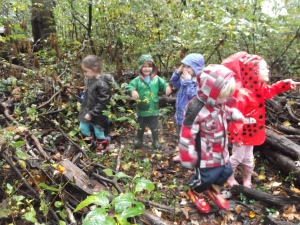 wild nature play (nevermind the rain!)